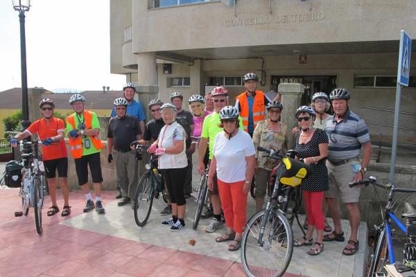 ciclistas2766B3EE9-B189-1CD8-B51D-80770C7EBBC1.jpg